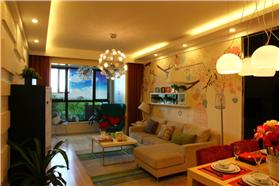 可愛幼教童心未泯,定制墻紙打造現代美宅的小清新風?臥室飄窗實用改造,暗藏小柜收納好