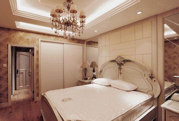 欧式风格卧室背景墙装修图片-欧式风格衣柜图片