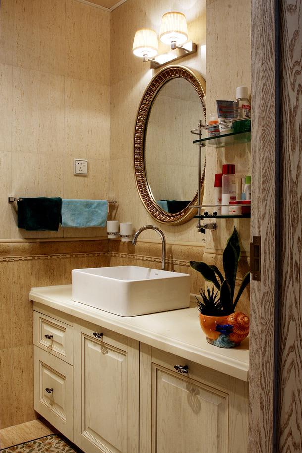 欧式田园风格二居洗手间装修图片-欧式田园风格化妆镜图片
