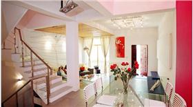 木吊頂+CD架+影音室,自嗨達人280平別墅裝出時尚酷感,就是如此與眾不同!