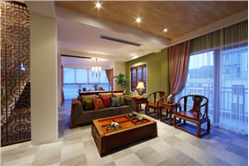 年輕人也喜愛的新中式大宅is coming!綠色清新客廳,鏤花隔斷,墻上蝶兒翩翩飛