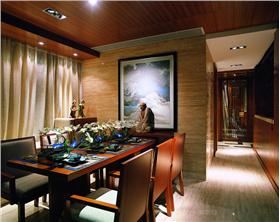 东南亚风格增加空间的美感与变化,来体现生活的尊贵与享受。