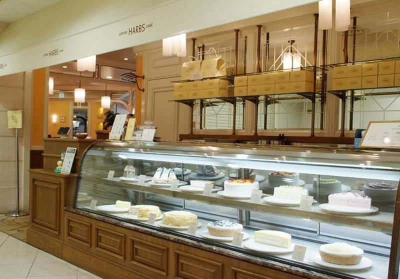 简约欧式风格蛋糕店装修图片-简约欧式风格展示柜图片