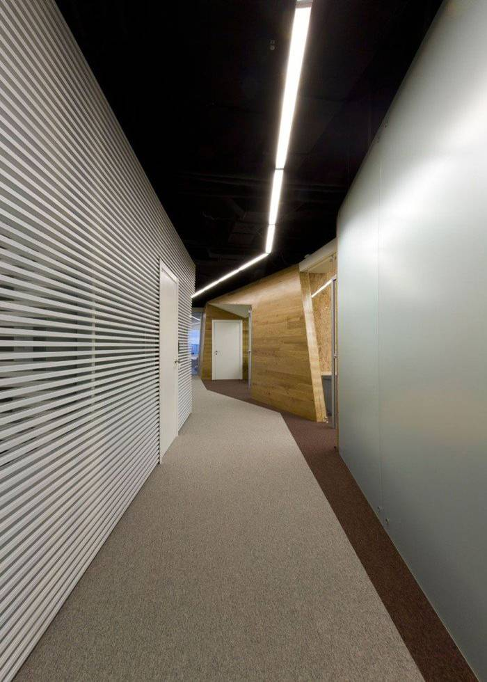 现代风格办公室走廊设计?#35745;? width=
