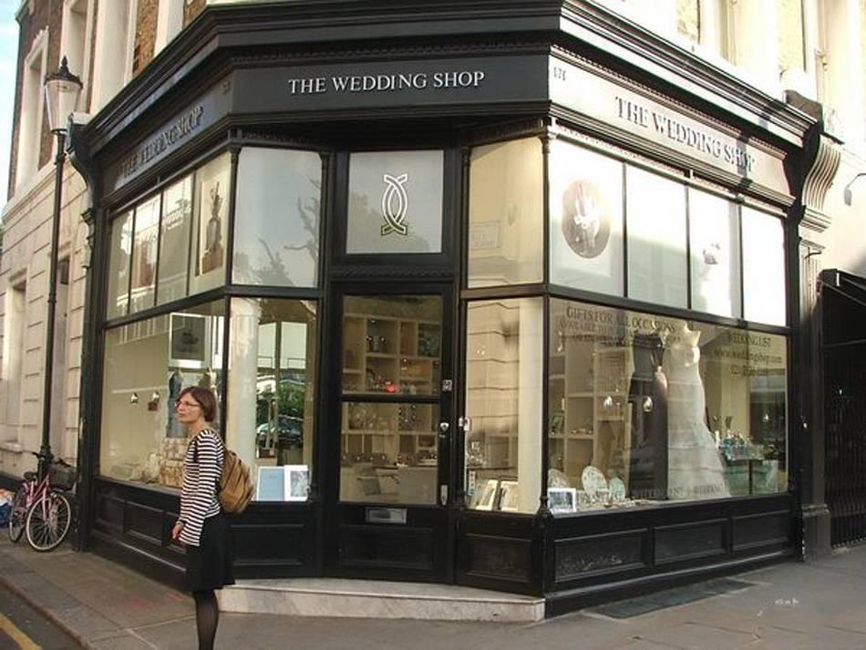 簡歐風格婚紗店門頭裝修圖片