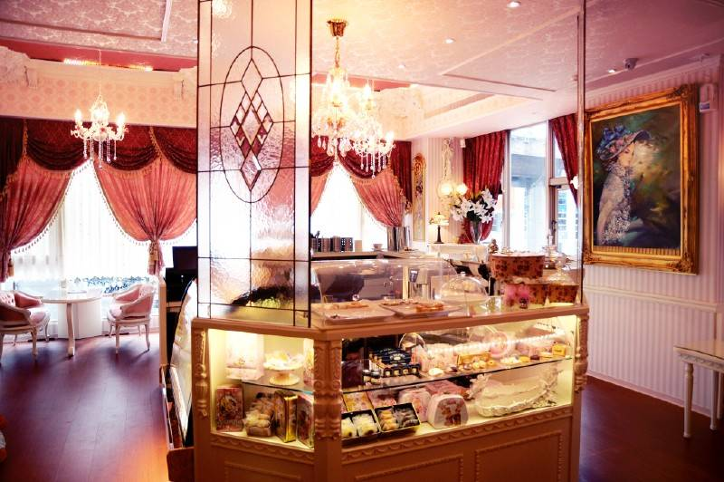 簡約歐式風格蛋糕店裝飾畫裝修效果圖-簡約歐式風格展示柜圖片