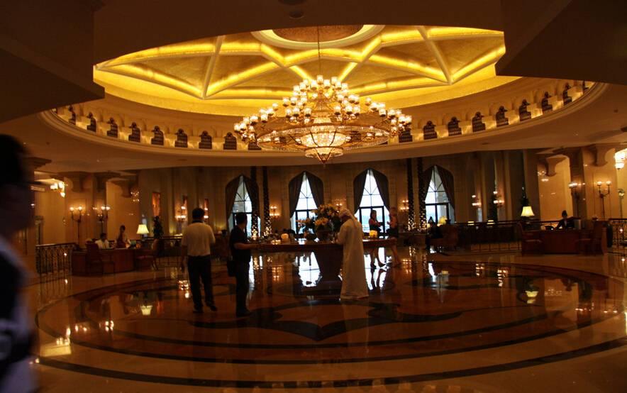 欧式风格酒店大堂吊灯装修图片