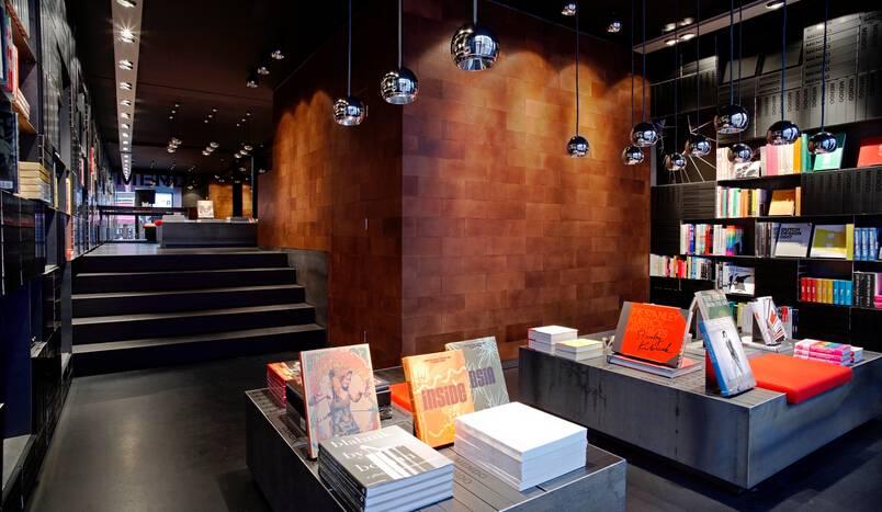现代风格书店装修图片