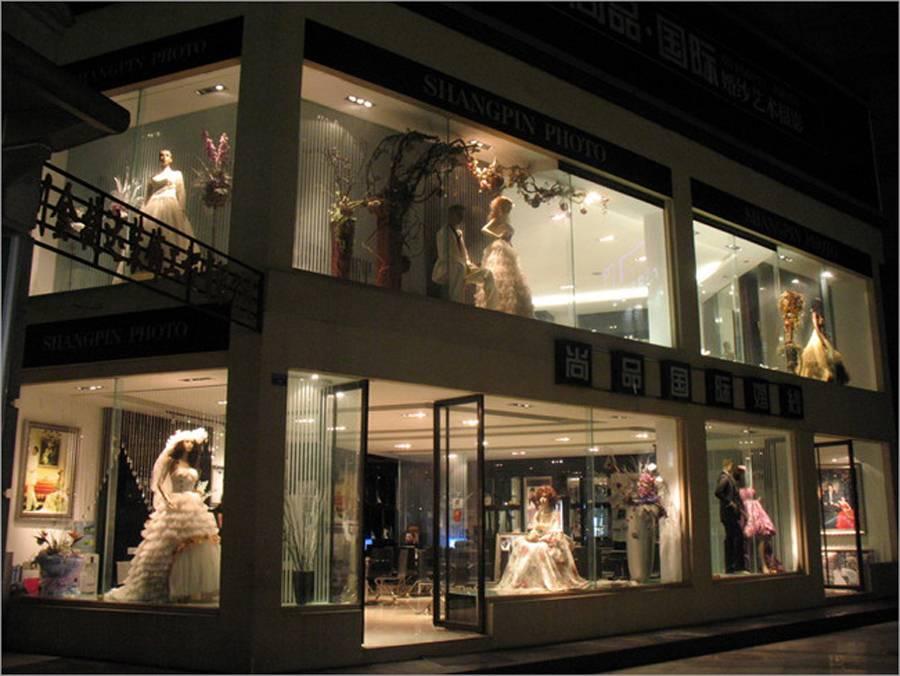 簡約風格婚紗店門頭裝修圖片