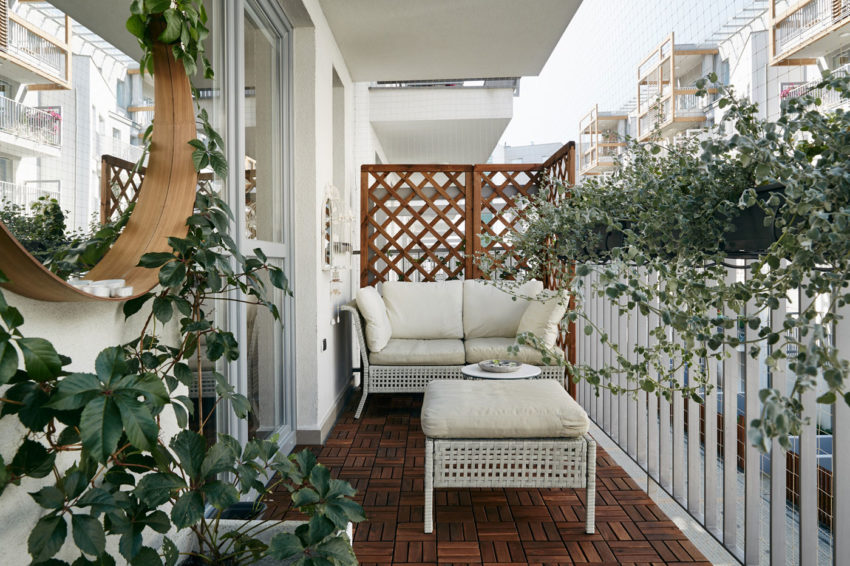田园风格优雅迷人休闲阳台装修设计图