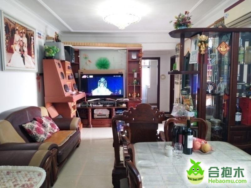 金碧领秀国际精装温馨两居室超干净整洁,房东急租,值得看一眼的