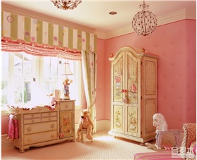 粉色小公主风儿童房