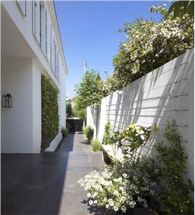 简洁自然的别墅庭院设计
