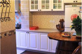 地中海风格二居室餐厅装修图片,地中海餐桌椅图片
