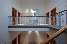 简洁自然的楼梯设计