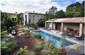 大空间乡村小别墅游泳池设计图片