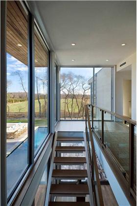 别墅复式空间过道楼梯设计图片